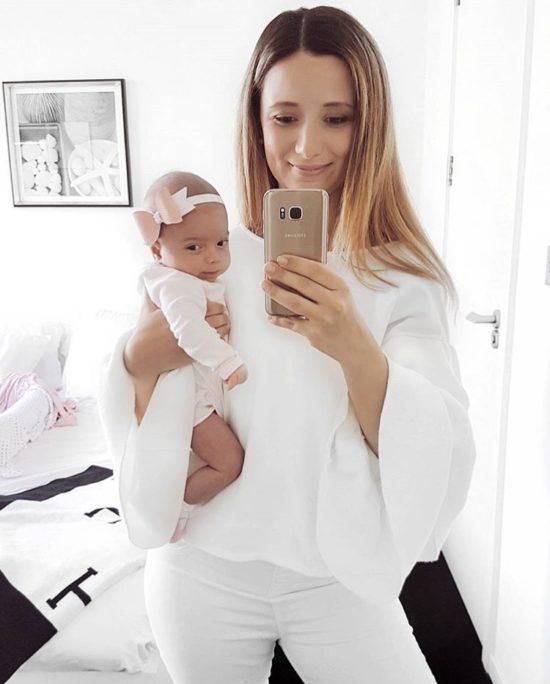 White OOTD for New Moms