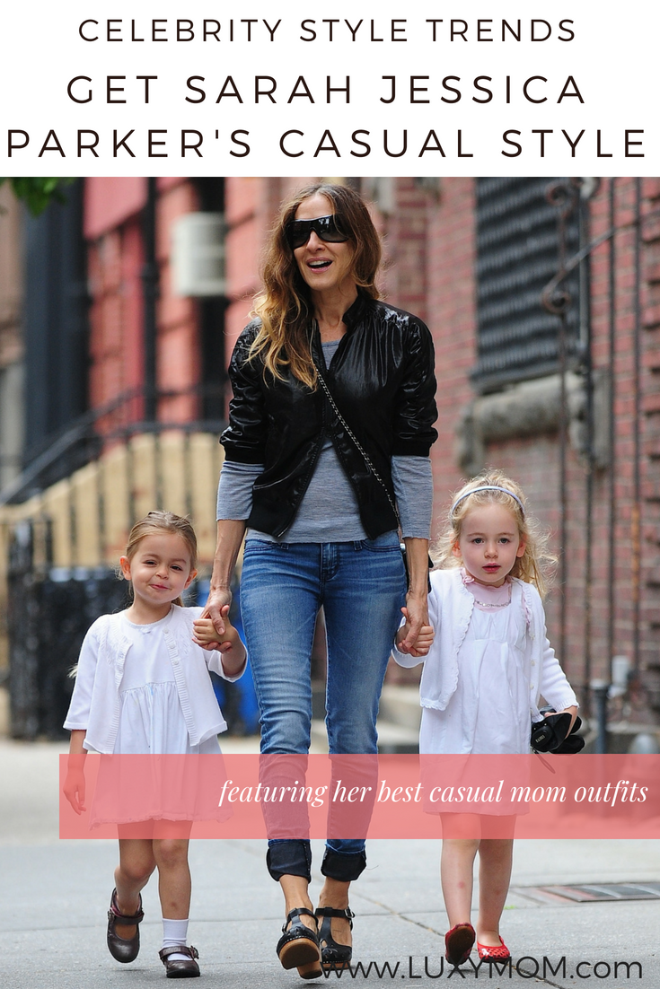 sarah jessica parker casual styles - mom style - mom jeans