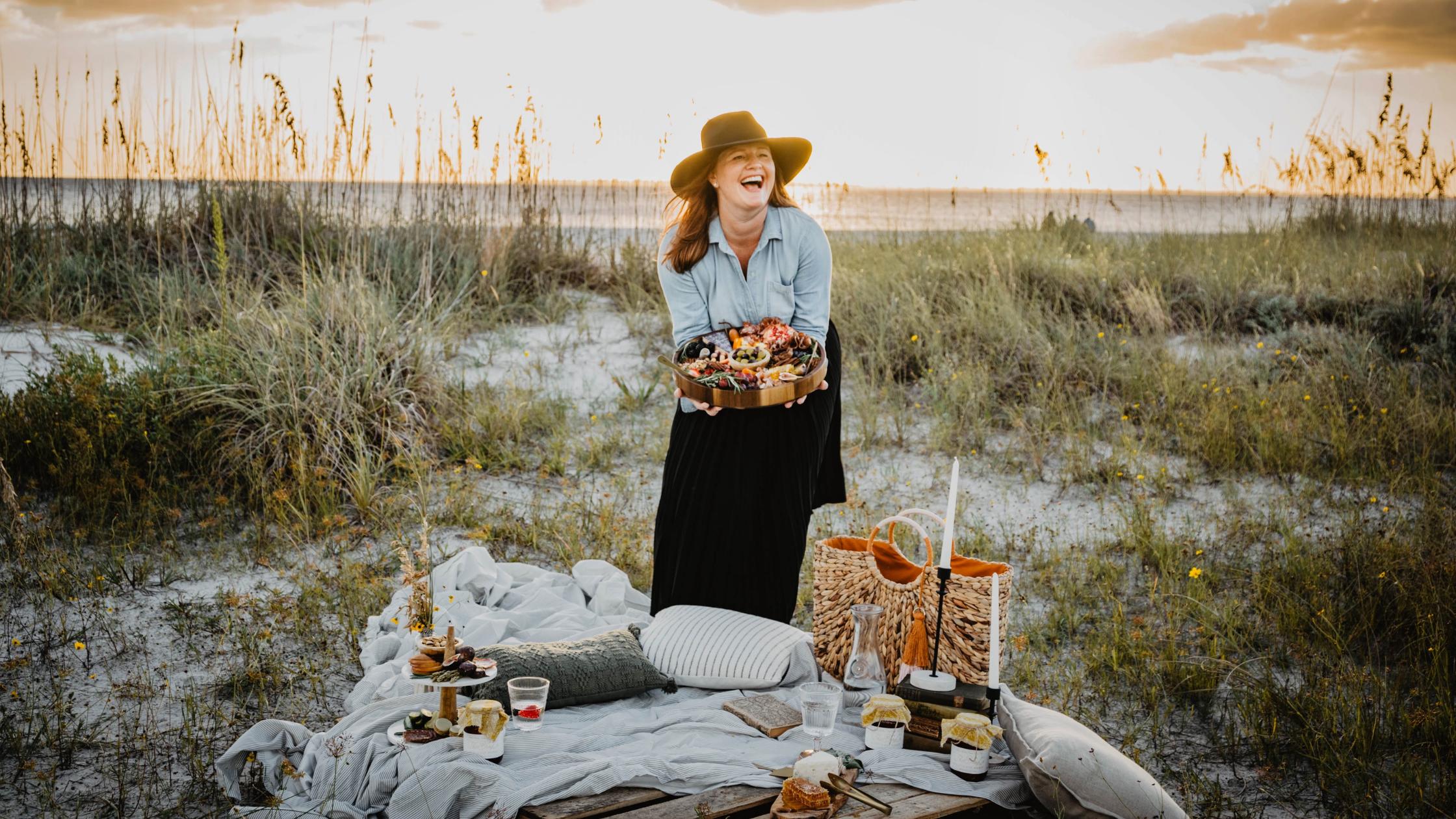 Traveling Tray - charcuterie entrepreneur beach picnic