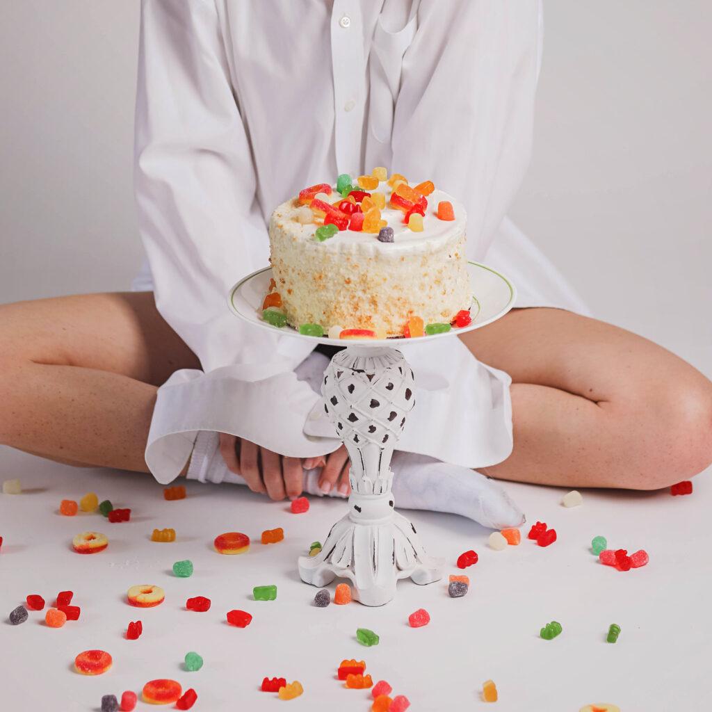 colorful naked cake