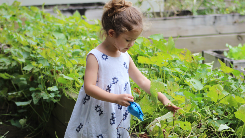 kids gardening teaches life lessons - featured image