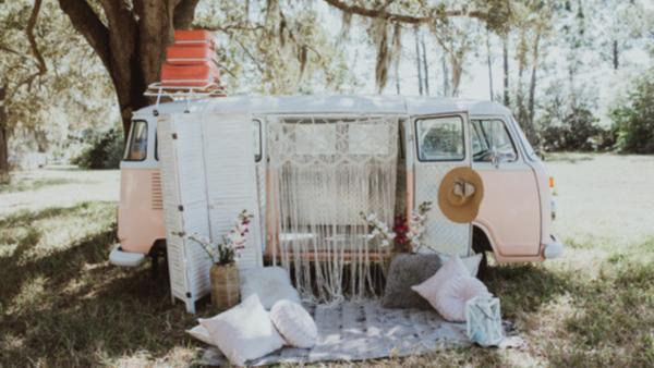 outdoor picnic retro bus the dream bar naples florida